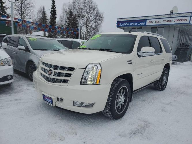 2013 WHITE CADILLAC ESCALADE PREMIUM (1GYS4CEF1DR) with an 6.2L engine, Automatic transmission, located at 929 East 8th Ave, Anchorage, 99501, (907) 274-2277, 61.214783, -149.866074 - Photo #0