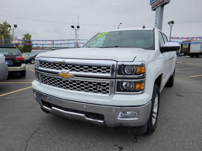 2014 WHITE CHEVROLET SILVERADO 1500 C/C LTZ (3GCUKSEC7EG) with an 5.3L engine, Automatic transmission, located at 929 East 8th Ave, Anchorage, 99501, (907) 274-2277, 61.214783, -149.866074 - Photo #0
