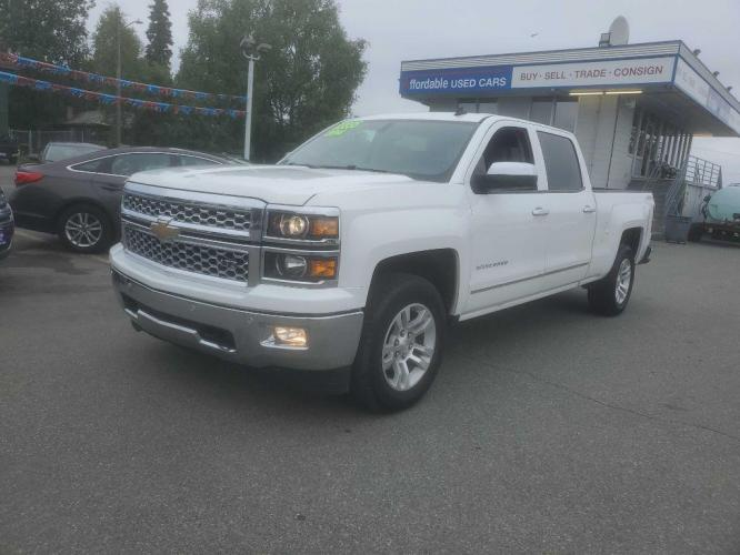 2014 WHITE CHEVROLET SILVERADO 1500 C/C LTZ (3GCUKSEC7EG) with an 5.3L engine, Automatic transmission, located at 929 East 8th Ave, Anchorage, 99501, (907) 274-2277, 61.214783, -149.866074 - Photo #3